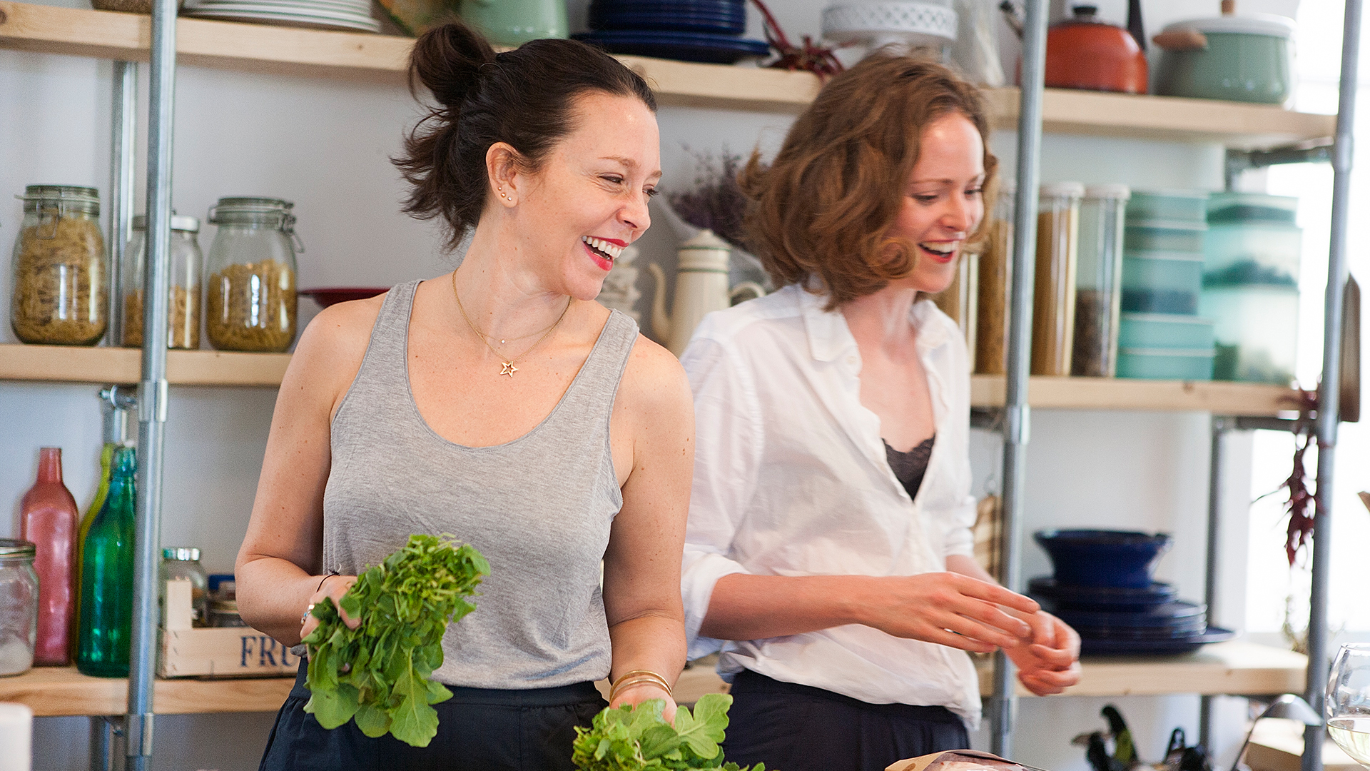 Alanna-Lawley-from-Foodadit-and-Alison-Beckner-from-Scout-Consulting-preparing-brunch-together
