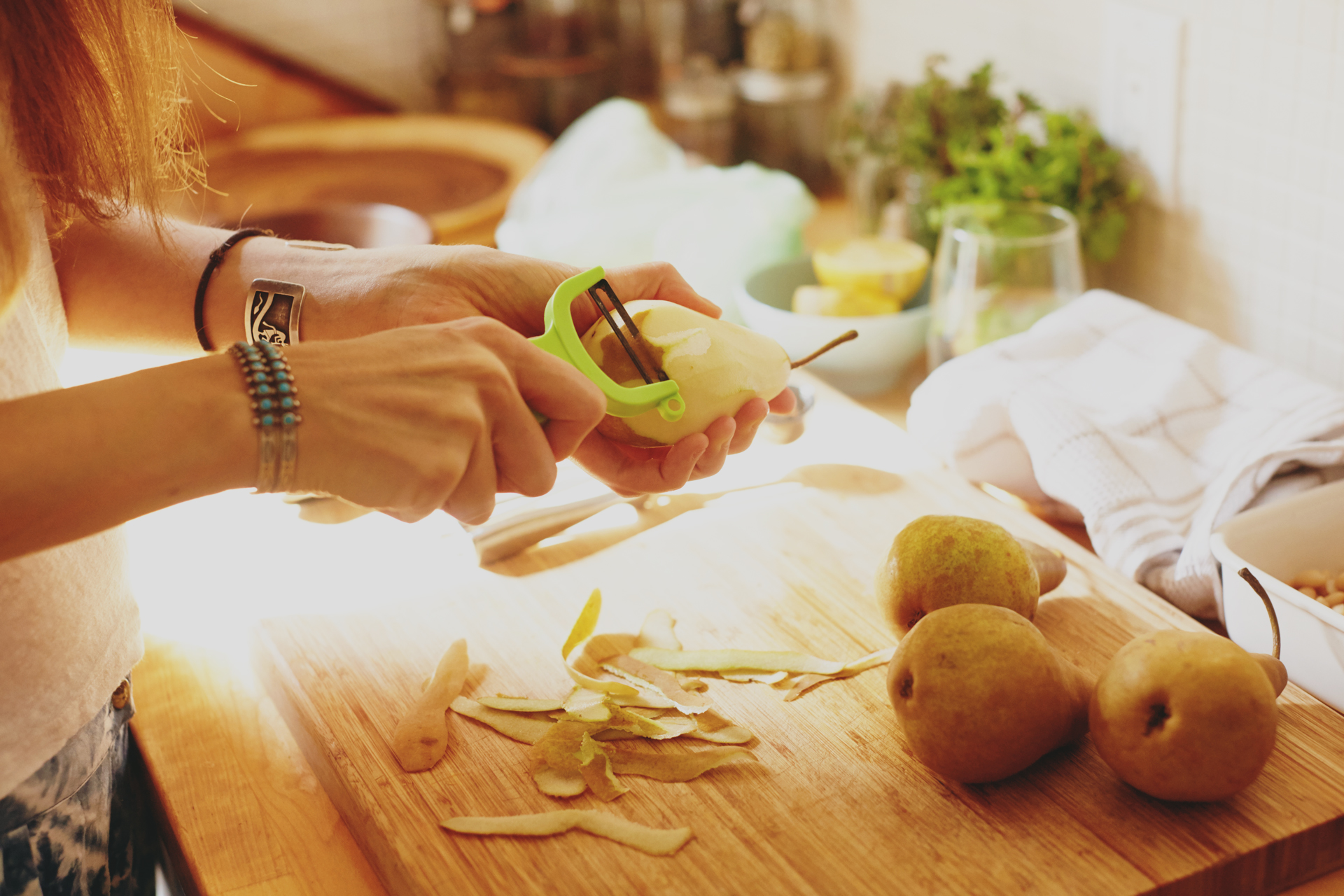 Ashley Neese Nutritional Counsellor prepares poached pears for Foodadit in Los Angeles