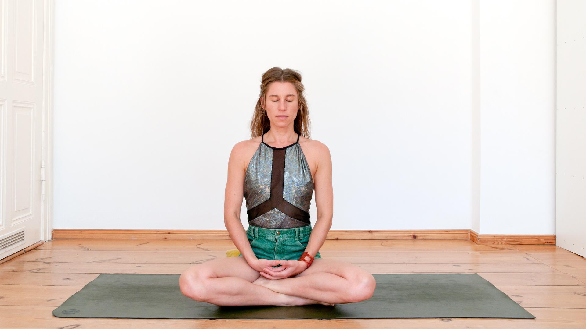 Eva Kaczor Pranayama Meditation technique- Nadi Shodhana
