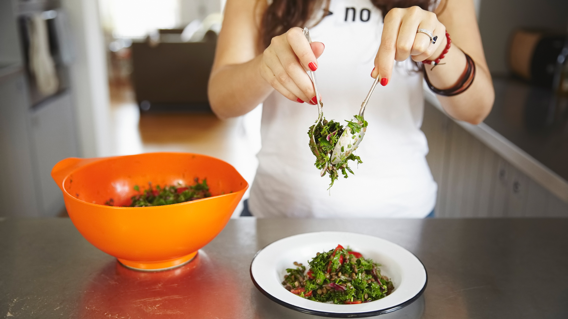 greenhopping-founder-catherine-cuello-serving-her-recipe-for-french-lentils-with-a-tonne-of-herbs-foodadit